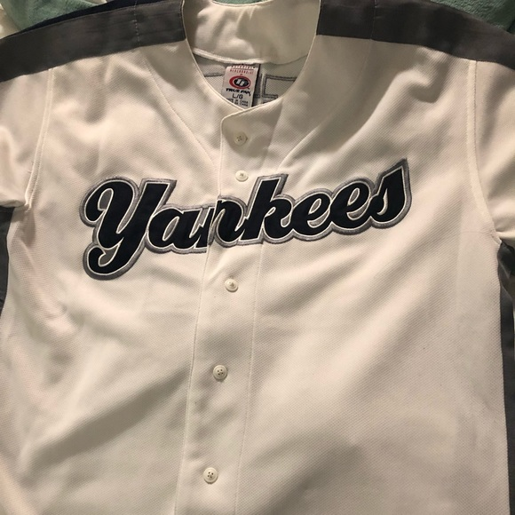 finest selection ab910 bf477 NY Yankees Derek Jeter Jersey